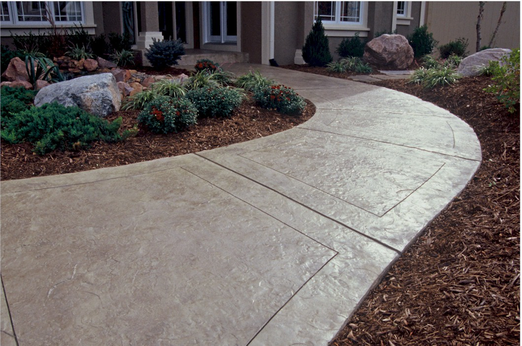 Concrete driveways in maryland for Cement driveway ideas